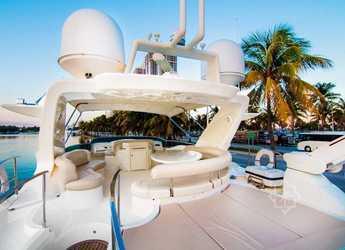Alquilar yate AZIMUT en Palm Cay Marina, Nassau
