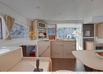 Alquilar catamarán Lagoon 400 en Marina Le Marin, Le Marin