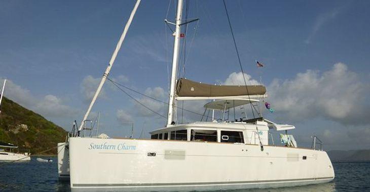 Medium charm anchor 600