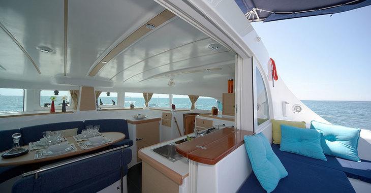 Alquilar catamarán Lagoon 380 en Marina Le Marin, Le Marin