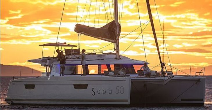 Alquilar catamarán Fountaine Pajot Saba en Road Reef Marina, Road town