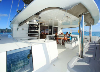 Alquilar catamarán Lagoon 560 GL en Raiatea, Polinesia