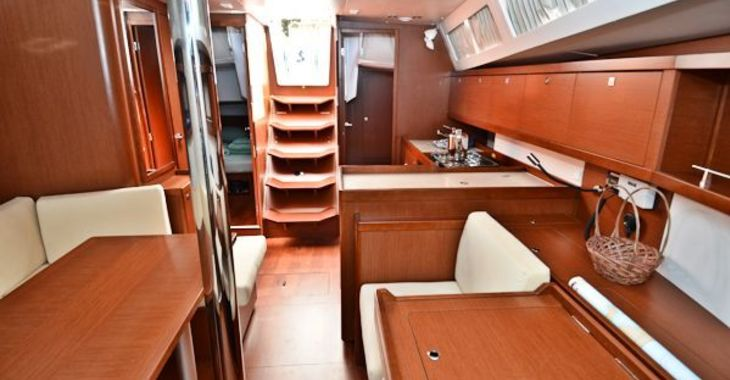 Medium beneteau41 critical salonaft 600