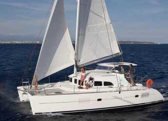 Rent a catamaran in Puerto deportivo Marina La Bajadilla - Lagoon 380