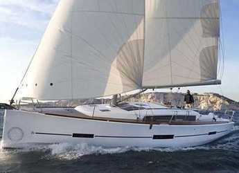 Rent a sailboat in Port Ginesta - Dufour 410 Grand Large