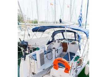 Rent a sailboat in Alimos Marina Kalamaki - Oceanis 34.3