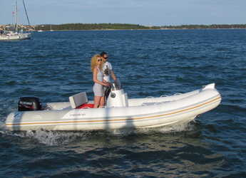Rent a motorboat Zodiac Medline 540 in ACI Pomer, Pomer