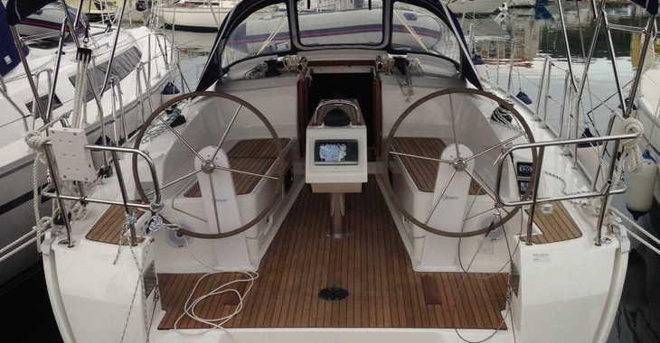 Alquilar velero Bavaria Cruiser37 en ACI Jezera, Jezera