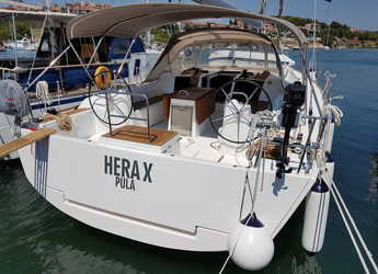 Rent a sailboat in Veruda - Dufour 512 Grand Large