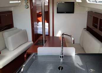 Rent a sailboat Hanse 345 in ACI Pomer, Pomer