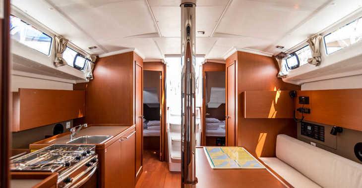 Alquilar velero Oceanis 38.1 en Veruda, Pula