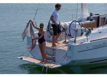 Rent a sailboat in ACI Pomer - Oceanis 35.1