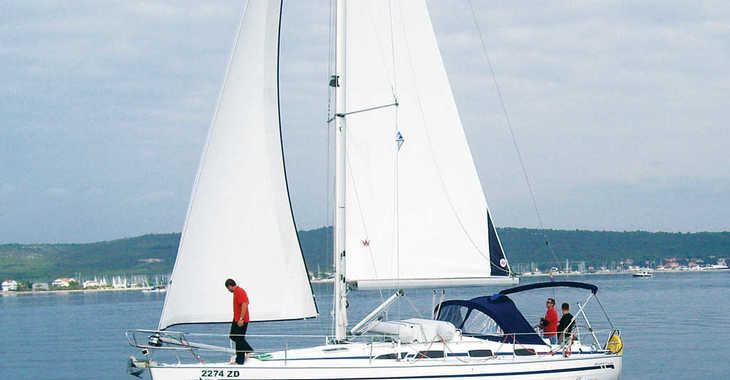Rent a sailboat in Marina Sukosan (D-Marin Dalmacija) - Bavaria 40 BT '08