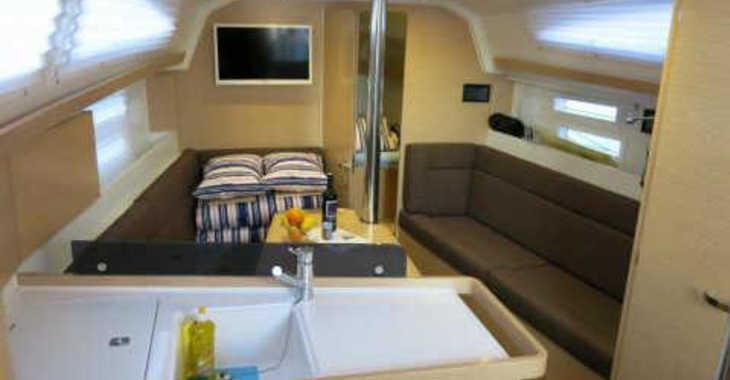 Rent a sailboat in Marina Zadar - Elan 354 Impression