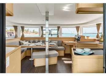 Alquilar catamarán Lagoon 42 en ACI Marina Split, Split city