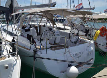 Rent a sailboat in Marina Sukosan (D-Marin Dalmacija) - Sun Odyssey 439