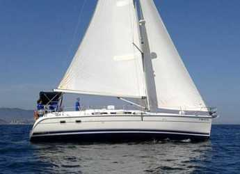 Rent a sailboat in Port Badalona - Hunter 44