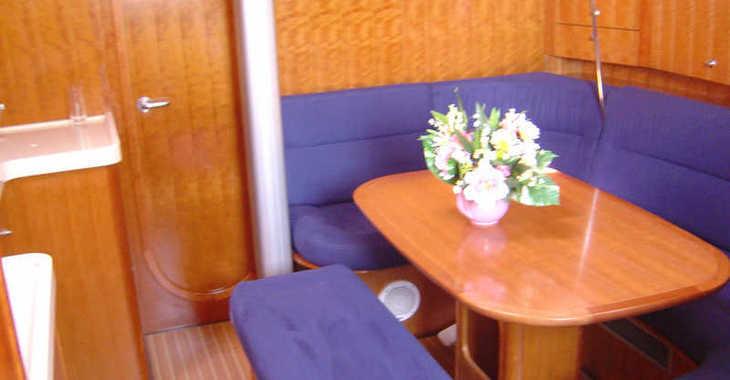 Rent a sailboat in Trogir (ACI marina) - Salona 45