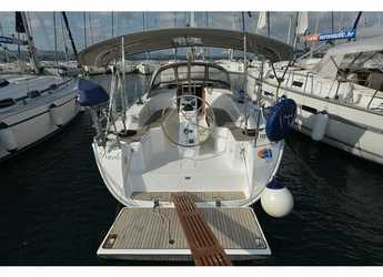 Rent a sailboat in Marina Kornati - Bavaria Cruiser 33