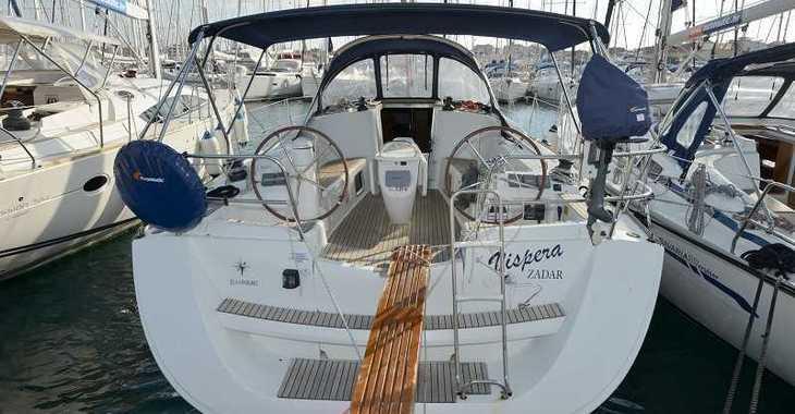 Rent a sailboat in Marina Mandalina - Sun Odyssey 42i