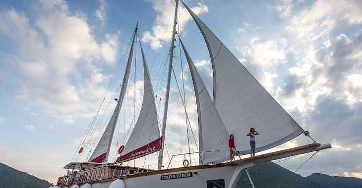 Rent a schooner in Split (ACI Marina) - Gulet 14-6