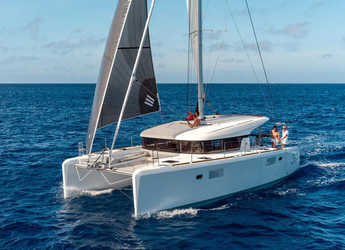 Rent a catamaran in Marina Mandalina - Lagoon 39