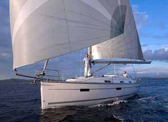Rent a sailboat in Marina Sukosan (D-Marin Dalmacija) - Bavaria Cruiser 36