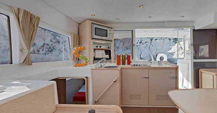 Rent a catamaran in SCT Marina Trogir - Lagoon 400 S2