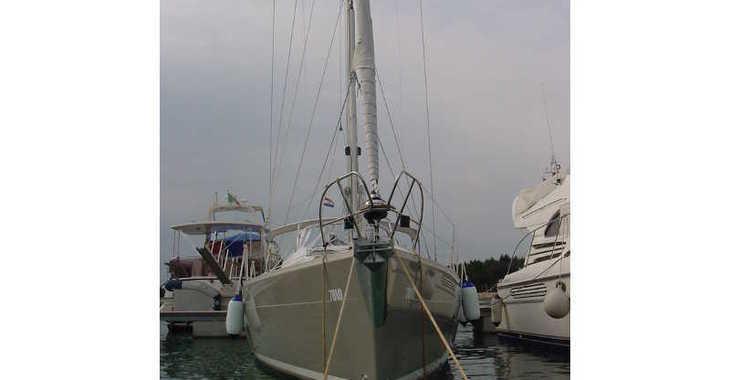 Rent a sailboat in Marina Sukosan (D-Marin Dalmacija) - Elan 384 Impression