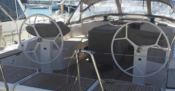 Alquilar velero Bavaria 56 en Port d'Aiguadolç, Sitges