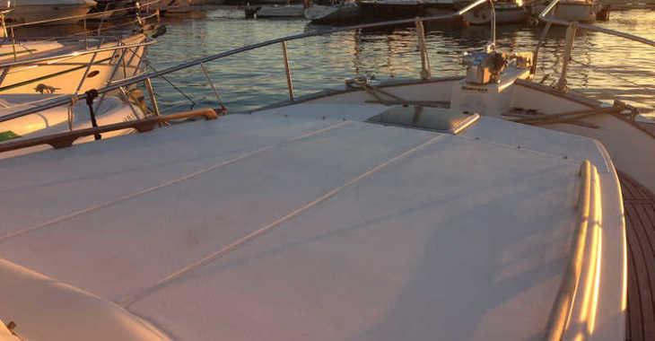 Alquilar barco a motor Menorquina Yacht 100 en Port d'Aiguadolç, Sitges