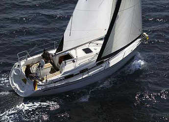 Rent a sailboat Bavaria 30 Cruiser in Port d'Aiguadolç, Sitges