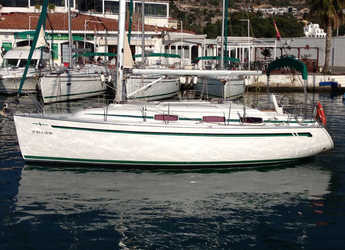 Rent a sailboat in Port d'Aiguadolç - Bavaria 30 Cruiser