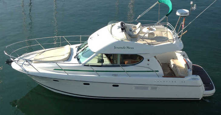 Alquilar barco a motor Prestige 32 en Port d'Aiguadolç, Sitges