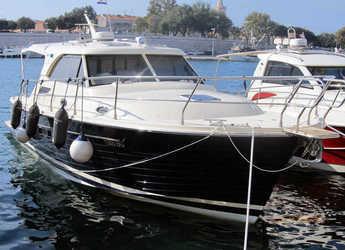 Alquilar lancha Adriana 36 en Marina Zadar, Zadar