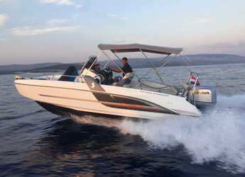 Rent a motorboat in Trogir (ACI marina) - Beneteau Flyer 6.6 Space Deck
