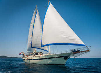 Rent a schooner in Matejuska port - Gulet Fortuna